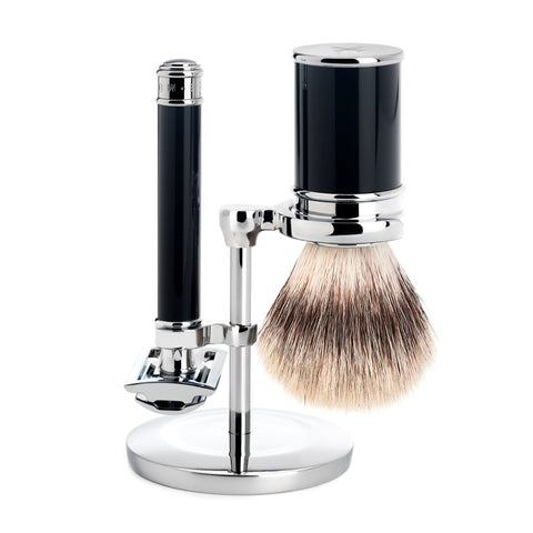 Pictured: The TRADITIONAL Shaving Set by MÜHLE