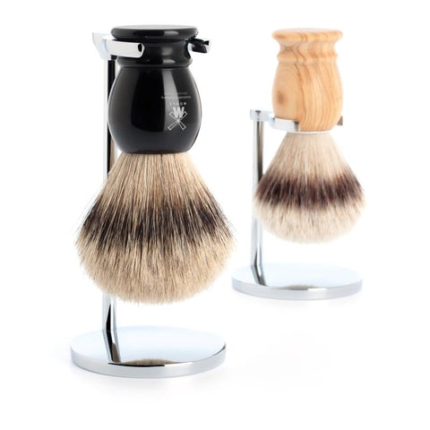 The CLASSIC shaving brush in both Silvertip Badger and Silvertip Fibre
