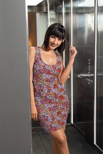 Load image into Gallery viewer, The Autumn Fitted Dress in Reds
