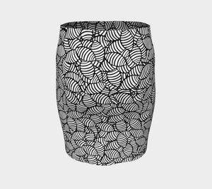 The Gnocchi Fitted Skirt in Black and White-Clash Patterns