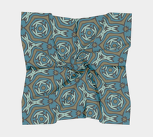 Load image into Gallery viewer, The Kylie Square Scarf in Green