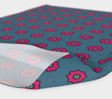 Load image into Gallery viewer, The Lindsay Headband in Grey and Pink