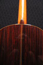 Load image into Gallery viewer, Francisco Esteve / 8 (Spruce) / Classical Guitar