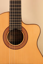 Load image into Gallery viewer, Manuel Raimundo / 1498 Requinto (Spruce) / Requinto CWE