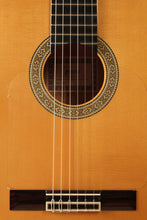 Load image into Gallery viewer, Francisco Esteve / 9-F (Blanca) / Flamenco Guitar