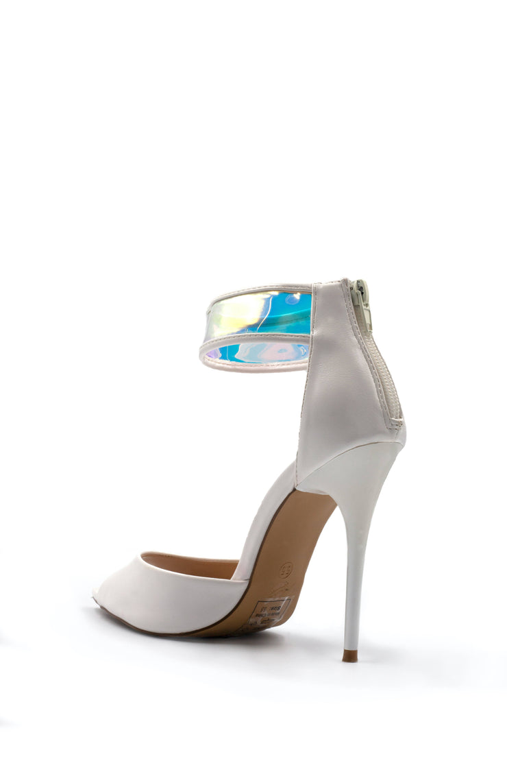 Shoe Republic LA white pointy heel
