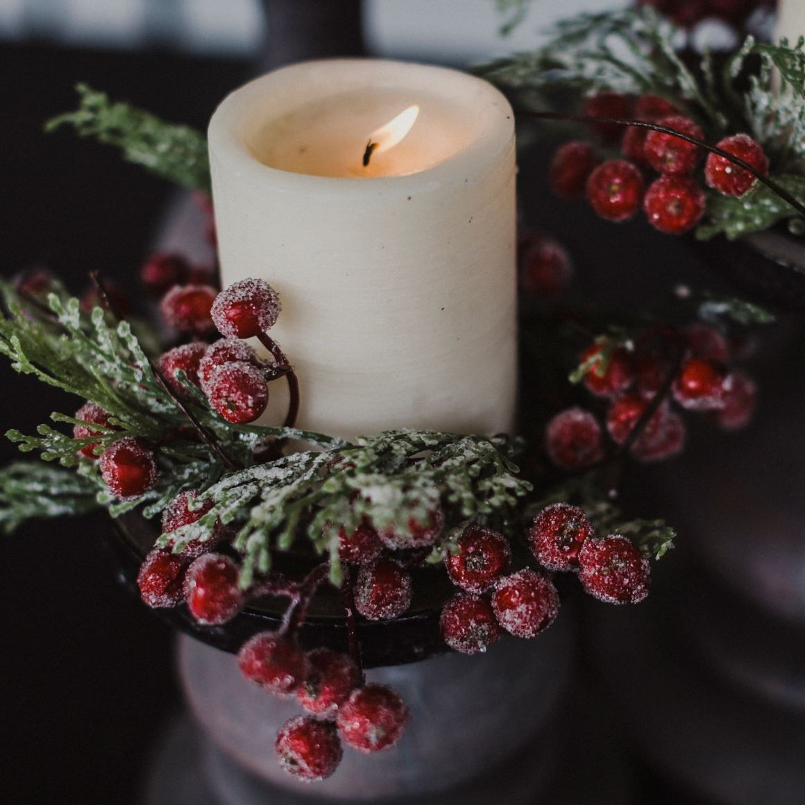 Icy Berry & Cedar Candle Ring