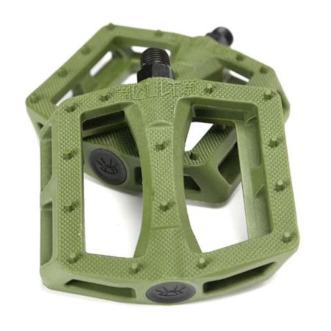Cult Dak Pedals olive army green
