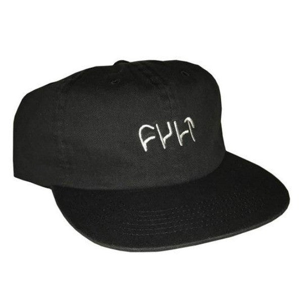 Cult Logo Cap black unstructured