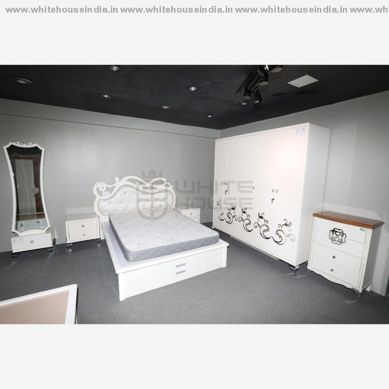 12S-005 Bedroom Set 1.8M King Size Bed Mattress = 71*79 Inc. / Off White Material Mdf With Deco