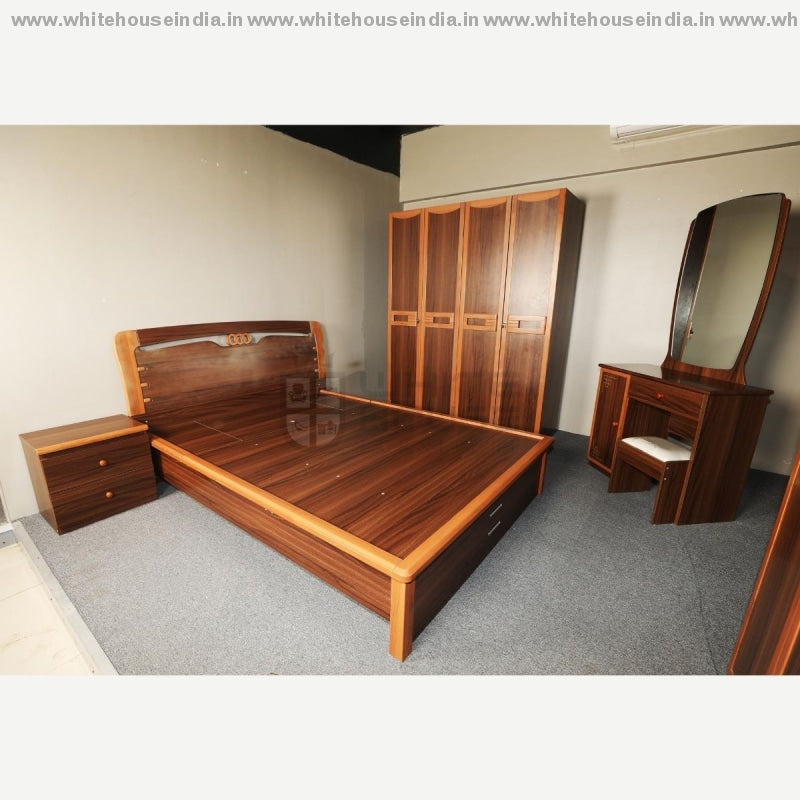 9E004 Bedroom Set 1.5M Queen Size Bed Mattreess = 59*79 Inc. / Brown Material Mdf With Laminate