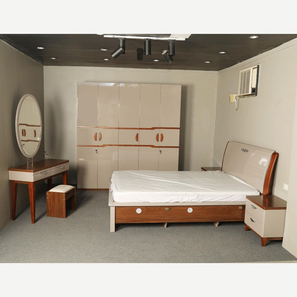 B-1702 BEDROOM SET 1.8M KING SIZE