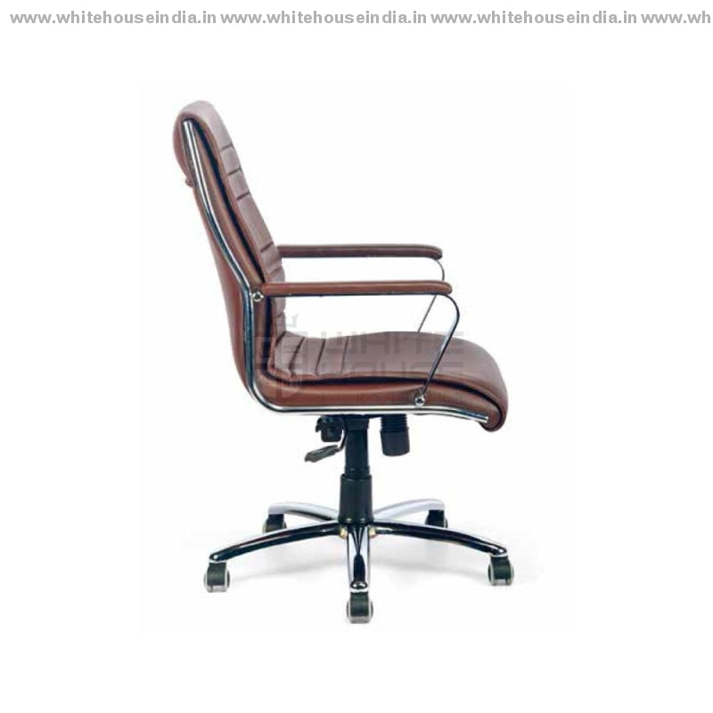 C-05 Cm Mb Director Chairs