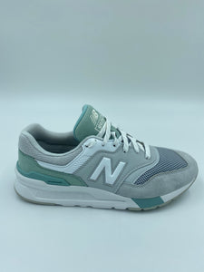 New Balance Sneaker Women Grey