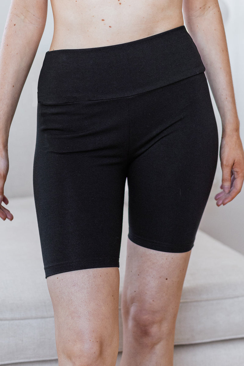 London Ultra-Stretch High-Waisted Organic Cotton & Bamboo Yoga Short