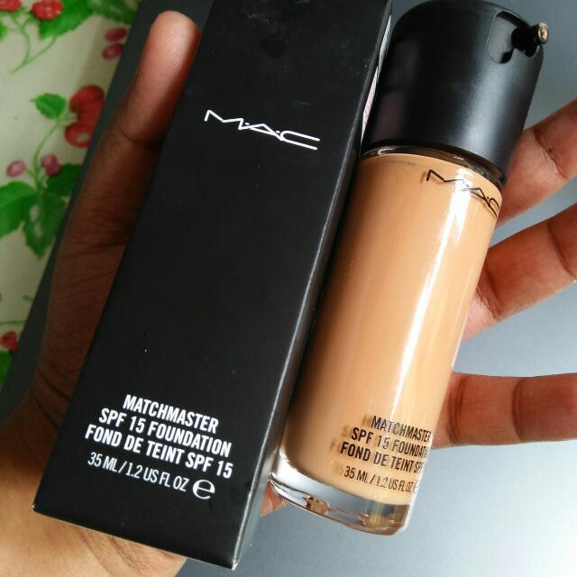 Mac SPF 15 Foundation