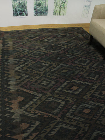 "Sangat Aidana Black/Brown Rug, 6'8"" x 9'6"""