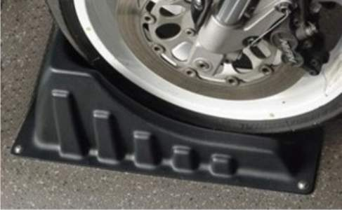 plastic wheel chock will not damage tires