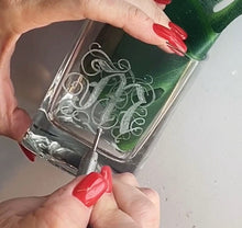 Load image into Gallery viewer, Hand Engraved Corkcicle Whisky Wedge