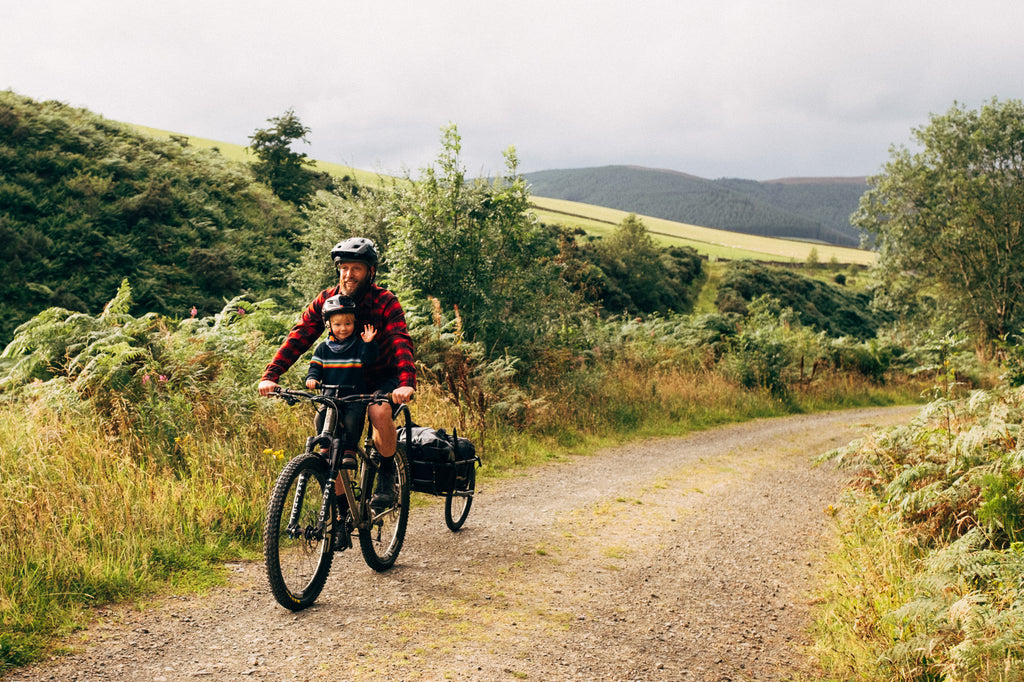mountainbiking_with_a_toddler