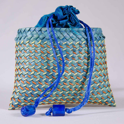 Turquise Blue Palm Leaf Drawstrings Purse