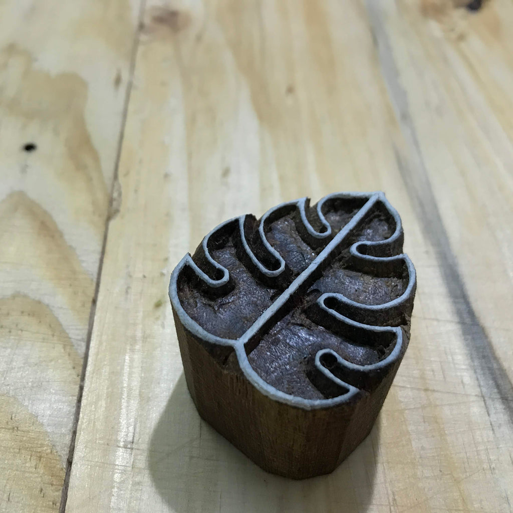 Monstera Leaf Pottery Stamp