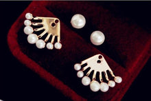Load image into Gallery viewer, Ikasiya Pearl Gold Studs
