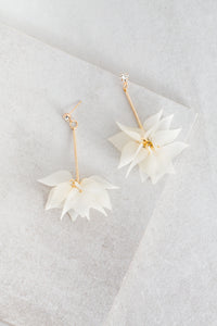 Ikasiya White Lily Drop Earrings