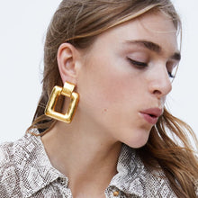 Load image into Gallery viewer, Ikasiya Gold Square Earrings