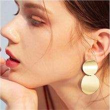 Load image into Gallery viewer, Ikasiya Double Gold Round Studs
