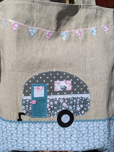 Pastels caravan applique lined tote bag sewing kit
