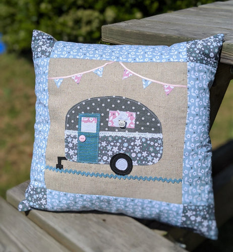 Caravan Applique Cushion Kit