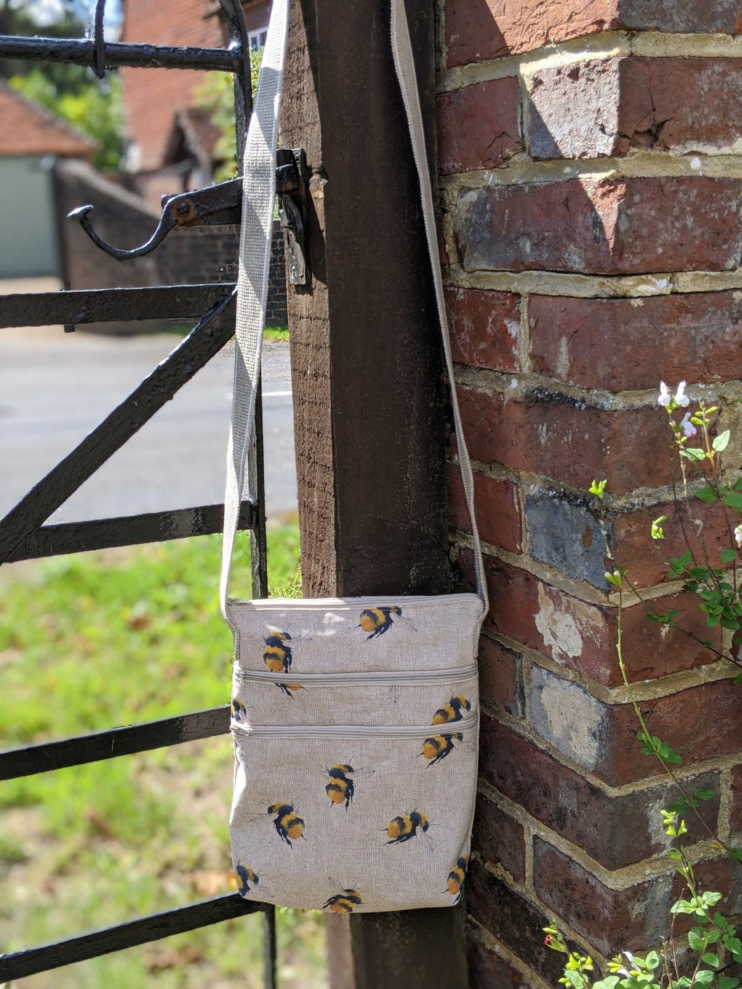 Triple zip bag bees sewing kit