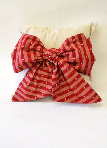 Bow Cushion Sewing Pattern