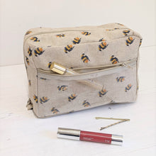 Load image into Gallery viewer, Set of three bags - bees