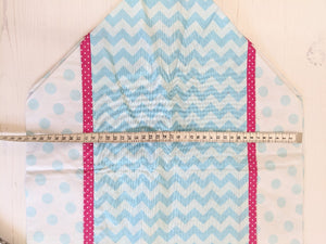 Table runner spotty turquoise and hot pink Handmade Sample