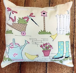 Country Garden Applique Cushion Pattern