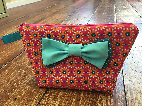 Zip Purse with Bow pattern
