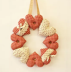 Hanging Heart Wreath Pattern