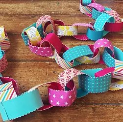 Fabric Party Chains Pattern
