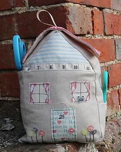 Cute Cottage Storage Cube Pattern