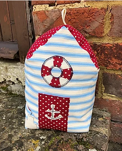 Beach hut doorstop pattern