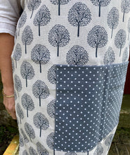 Load image into Gallery viewer, Reversible Apron Sewing Kit