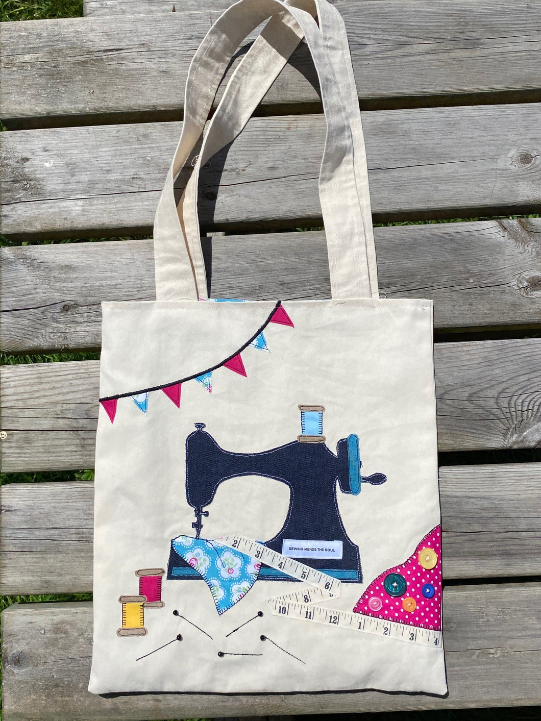 Sewer's Paradise Applique Tote Bag Kit