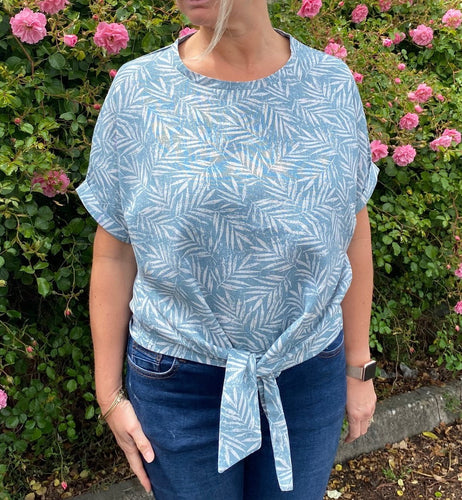 Sophia Top Pattern (sizes 10-28)