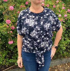 Sophia Top Kit - Navy Floral Print (sizes 10-28)