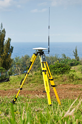 Trimble SPS852 GNSS receiver on tripod