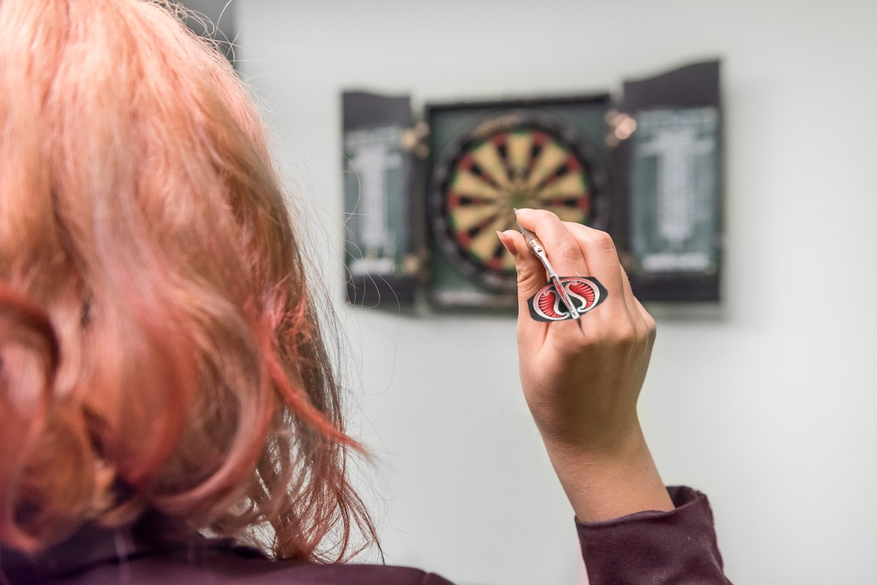 How to throw a dart: getting a grip on the basics