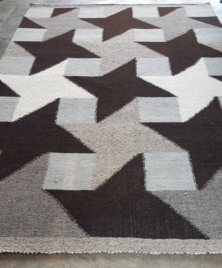 Molinetes-Gray-Wool-Rug-Achiote