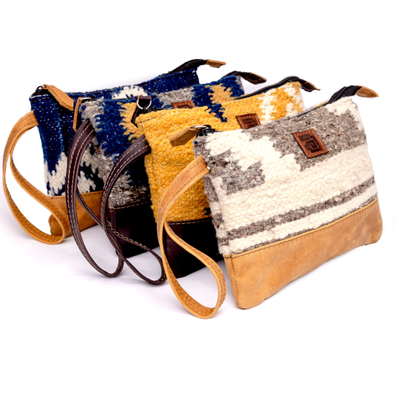Handmade natural wool and leather pouch Achiote all